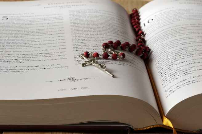 beads bible blur book